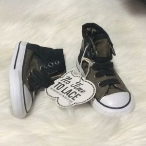 NWT Convers green black High top sneaker shoes